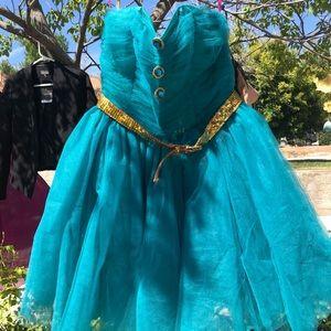 Betsey Johnson tulle dress. Size 6.